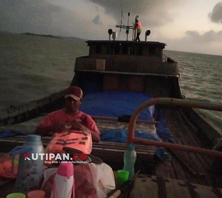 Foto #polreslingga, Berita Lingga, Kapal karam, Kutipan Karimun, Perairan karimun, Polres lingga
