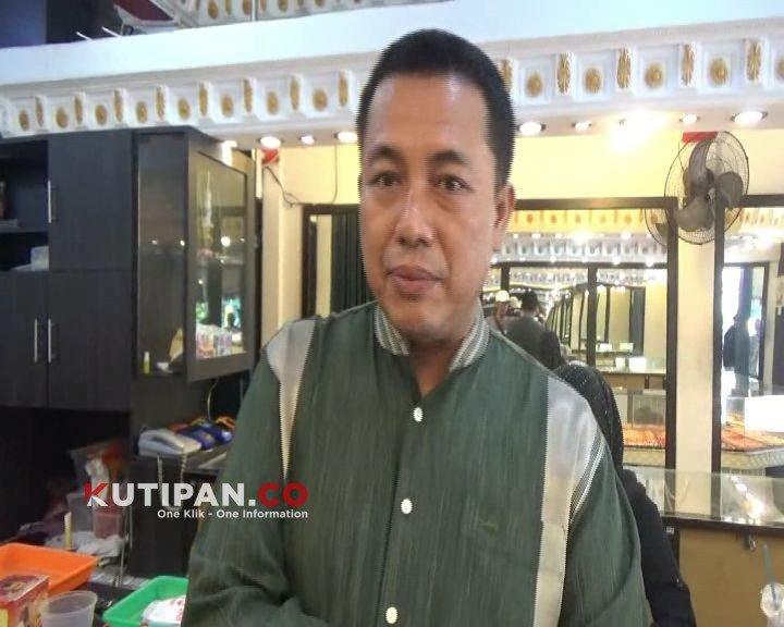 Foto Akibat virus corona, Kutipan Karimun, Omset pedagang emas merosot