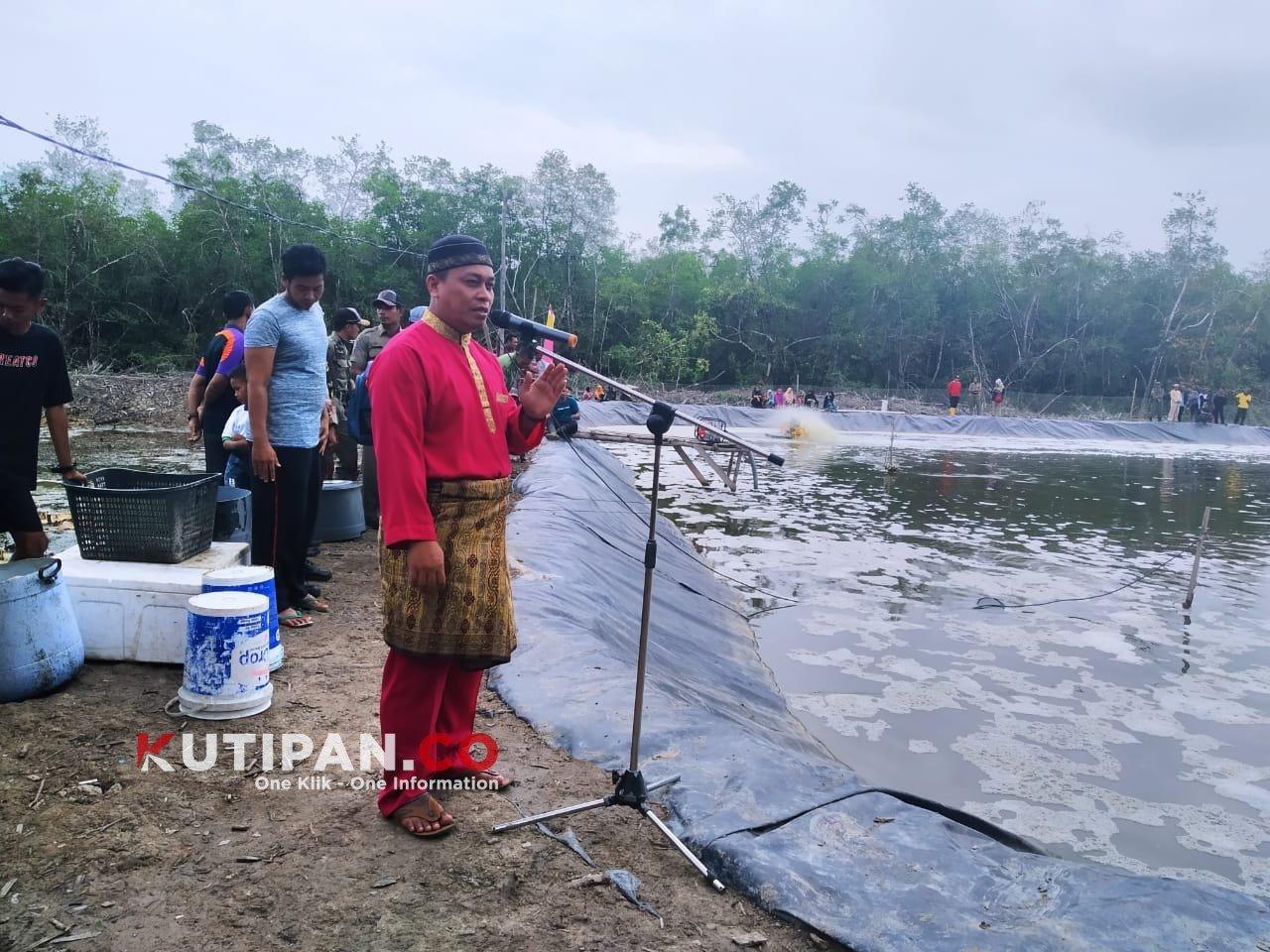Foto komoditas udang, Tambak udang vanamei desa panggak laut, Udang vanamei, Wakil Bupati Lingga