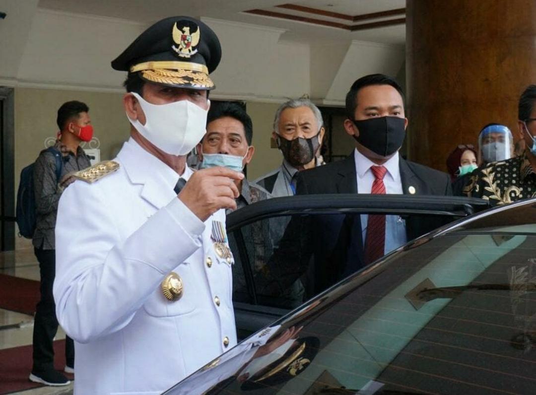 Foto gubernur kepri positif covid-19, isdianto positif covid-19