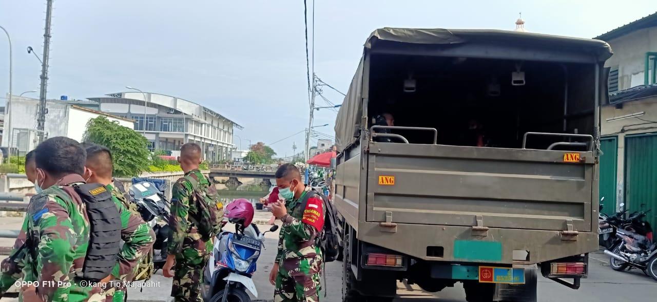 Prajurit dan Material Yon Angmor 1 Marinir Dukung Penerapan PSBB DKI Jakarta