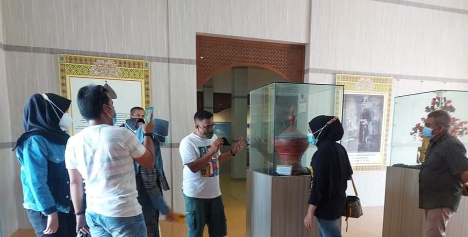 Foto batam, Jambi, Kutipan batam, museum, Winus