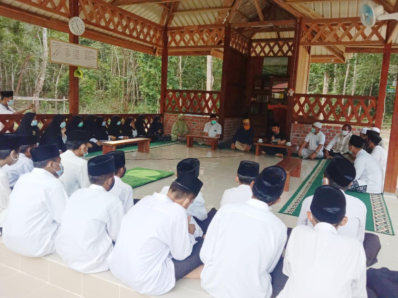 Foto Dabo singkep, Lingga, pondok pesantren, yusuf masyur