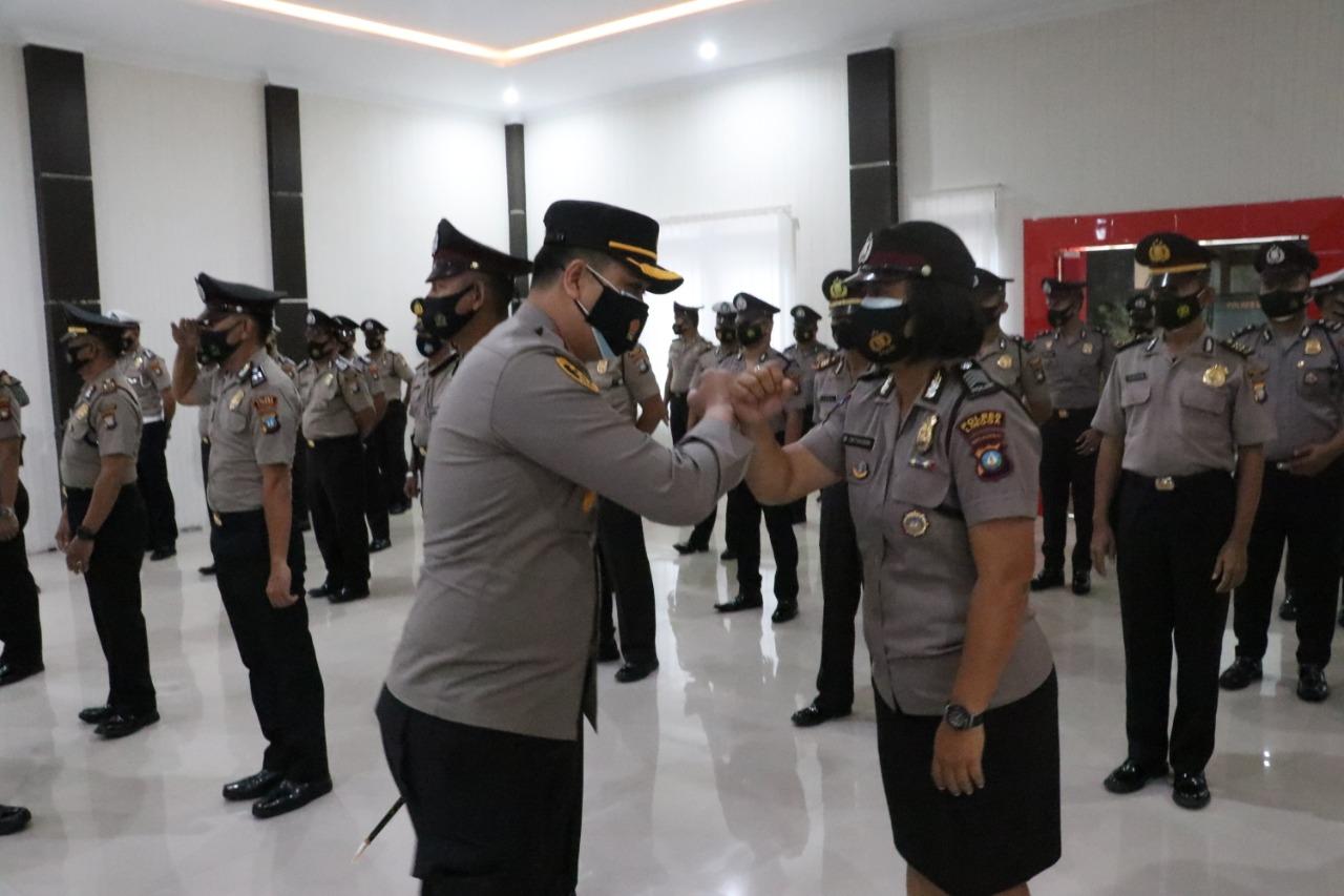 Personel Polres Lingga Naik Pangkat