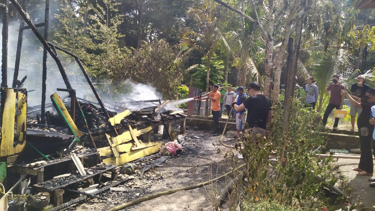 Rumah Terbakar Dua Warga Lingga Meninggal Dunia Dilalap Api