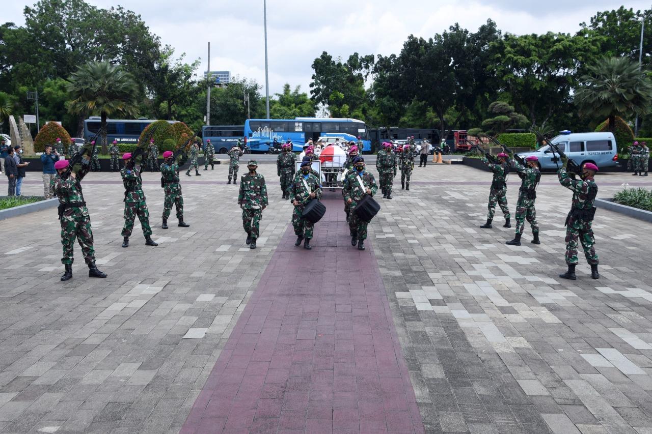 mantan Dankormar Ke-8 Mayjen TNI Mar (Purn) Aminullah Ibrahim