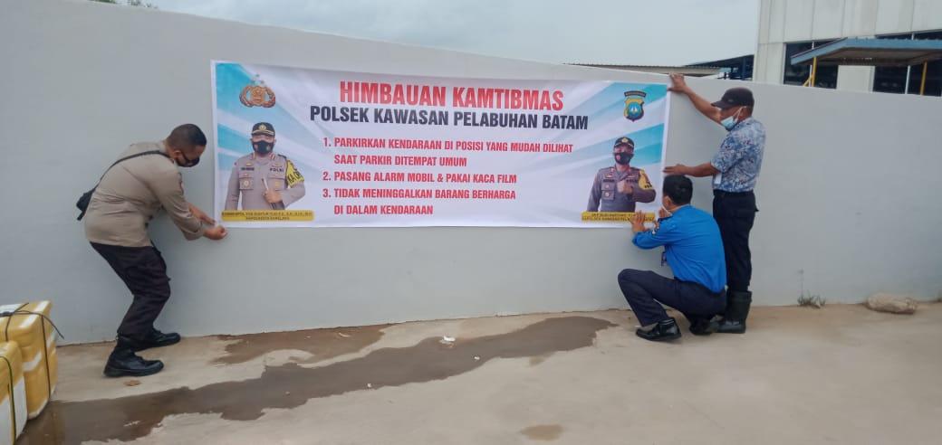 Polsek KKP Pasang Spanduk Himbauan Kamtibmas