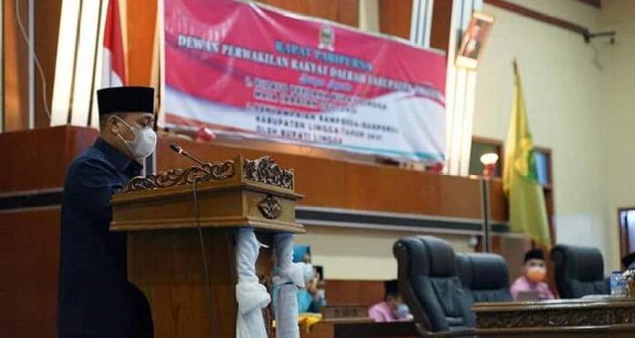 Rapat Paripurna DPRD Lingga