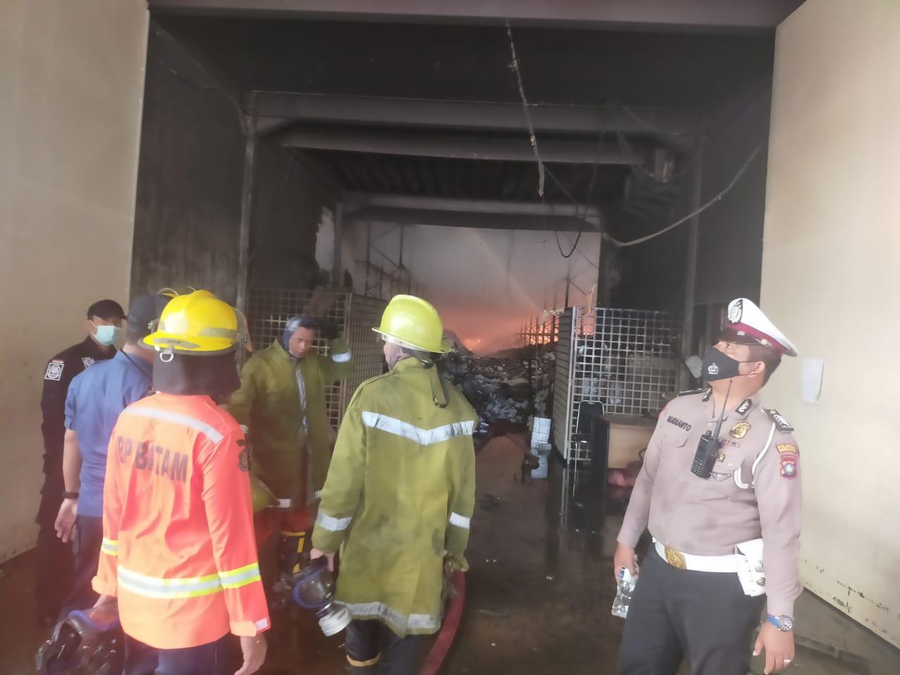 Industrial Park Cammo Batam Terbakar