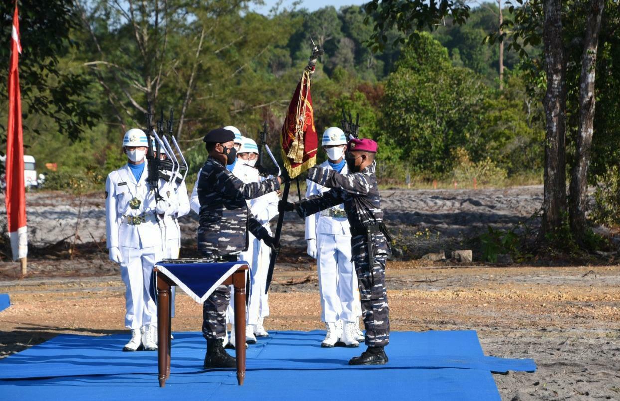 Foto Danpasmar 1 Hadiri Peresmian Pusat Latihan Pertempuran Marinir 9 Dabo Singkep
