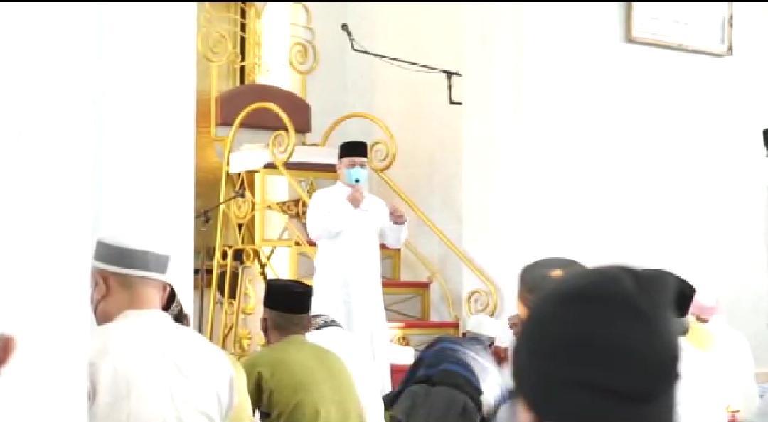 Di Masjid Azulfa